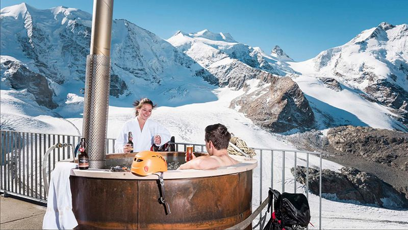 Paseo con raquetas, baño caliente y fondue