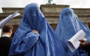 Un estado prohíbe los burkas por primera vez en Alemania
