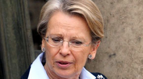 Ministra francesa de Relaciones Exteriores, Michèlle Alliot-Marie