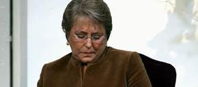 Micheol Bachelet  comparada con un pedazo de carne: 'cocida por fuera pero cruda por dentro'