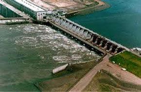 La represa de Yaciretá entre Argentina y Paraguay