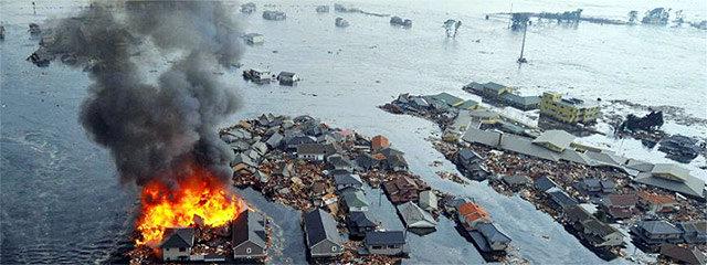 Terremoto de 8,9 grados Richter y devastador tsunami sacuden a la costa este de Japón