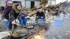Desabastecimiento agudiza el drama en las zonas arrasadas por el tsunami