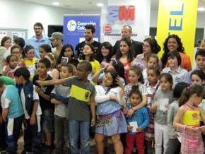 Los Vivancos comparten sus bailes con los niños y niñas del Programa Escuela Integrado
