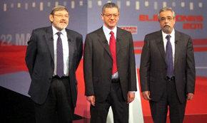 PSOE e IU le ponen la alfombra a Gallardón