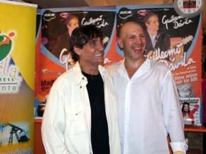 Guillermo Dávila (i) y Fabio Adami, en la conferencia de prensa en el 'Rochela Express' (Foto: Juan Ignacio Vera)