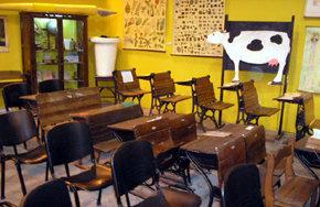 Concha Márquez y Pedro García exponen en el Museo de las Escuelas de Luzón