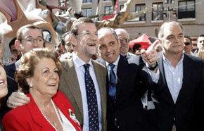 Rita Barberá con Mariano Rajoy, Camps y González Pons, en una imagen de archivo