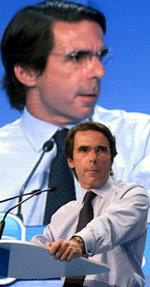 José María Aznar durante su intervención...