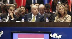 Zapatero responsabiliza a Estados Unidos del origen de la crisis durante la cumbre iberoamericana