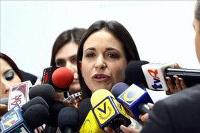 Precandidatos dicen que Venezuela vive los últimos meses con Chávez en el poder
