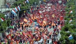 Los sindicatos protestan en toda la UE por las políticas de ajuste impuestas a los países