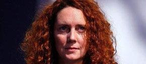 La exconsejera delegada de News International Rebekah Brooks