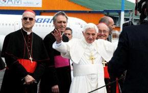Benedicto XVI condenó bloqueo contra Cuba en su despedida
