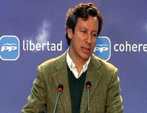 Carlos Floriano (PP) contradice la versión entregada por el Gobierno