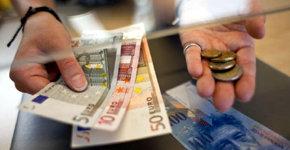 Iniciativa popular en Suiza para que sus ciudadanos reciban una ayuda de 2000 euros al mes