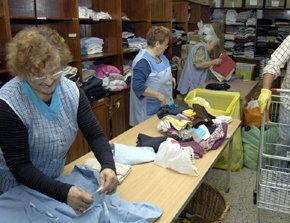 Los españoles que acuden a Cáritas para buscar empleo aumentan un 15% en 2011