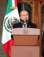 Calderón niega que México sea un Estado fallido debido a la violencia de los cárteles