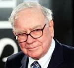 El multimillonario Warren Buffett, a contracorriente: compra 63 diarios locales