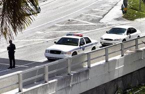 Un policía mata a tiros a un hombre que estaba comiéndose la cara de otra persona en Miami
