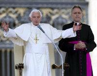 Vatileaks': intrigas y luchas de poder dentro del Vaticano