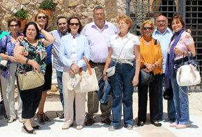 Parte del Grupo de periodistas de AMPRETUR en el Castillo de Castilnovo