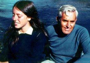 El ex Gral Bachelet junto a su hija Michelle en una imagen de archivo