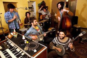 BREMINALE: Concierto de Very Pomelo (Folk-Rock/ Punk Catalán)