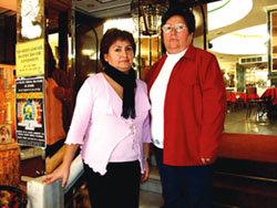 Dora Gutiérrez junto a su hija Ninoska