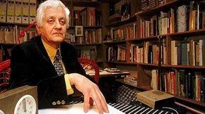 Muere Miguel Arteche, el poeta religioso que provocó a su generación