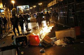 Las protestas en la calle calientan un verano de recortes