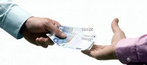 La salida de capitales fue de 41.294,3 millones en mayo, en parte por la crisis de Bankia