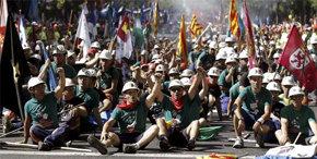 Los mineros cambian de plan y dejan la huelga ante la tozudez de Soria