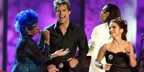 Celia Cruz (i), Ricky Martin y Gloria Estefan en una imagen de archivo