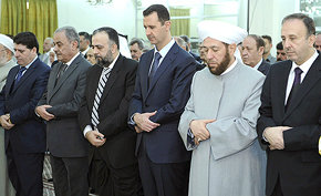 Al Asad reaparece en público el día en que los últimos observadores de la ONU abandonan Siria