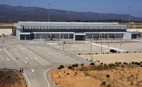Vista general de la terminal del aeropuerto de Castellón, el pasado mes de julio (Foto: Miguel Lorenzo )