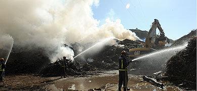 Controlado el fuego en el centro ambiental de Marbella