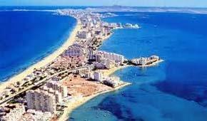 La Manga y el Mar Menor quieren ser destino de turismo senior en Europa