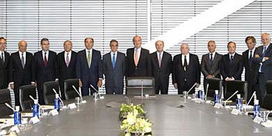 El rey Juan Carlos durante la reunión con los empresarios     (Foto: (Casa Real))