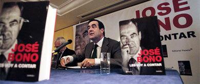 El expresidente del Congreso José Bono, durante la presentación de su libro (E. Villarino)