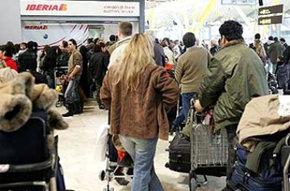 Crece un 21,6% el número de españoles que han abandonado el país en lo que va de año