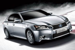 Toyota reduce exportaciones de su marca Lexus a China