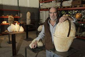 Alberto Bañuelos, Éxito de sus esculturas en el Museo de Antropología de México