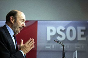 Alfredo Pérez Rubalcaba, Secretario Gral. del PSOE y líder de la Oposición