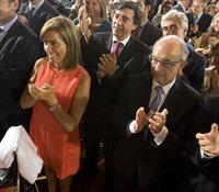 La ministra de Sanidad, Ana Mato y el titular de Hacienda, Cristóbal Montoro, en un acto del PP. Foto: Partido Popular