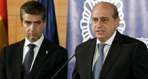 El director general de la Policía, Ignacio Cosidó, (i) junto al ministro del Interior… cuando aún se hablaban. EFE/Archivo