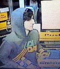Nueva imagen del sospechoso proporcionada por la policía de Boston
