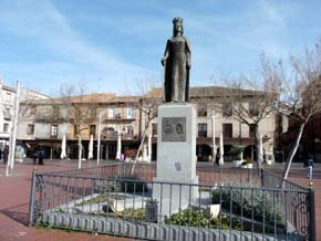 Monumento a Isabel La Católica en Medina del Campo...