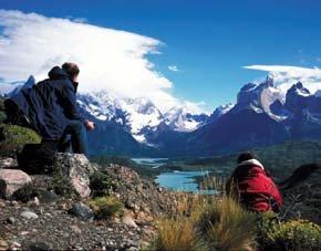 Montañistas en Las Torres del Paine, en la Pagonia chilena