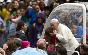 El Papa pide a los obispos servir a Cristo en las 'villas miseria' y chabolas